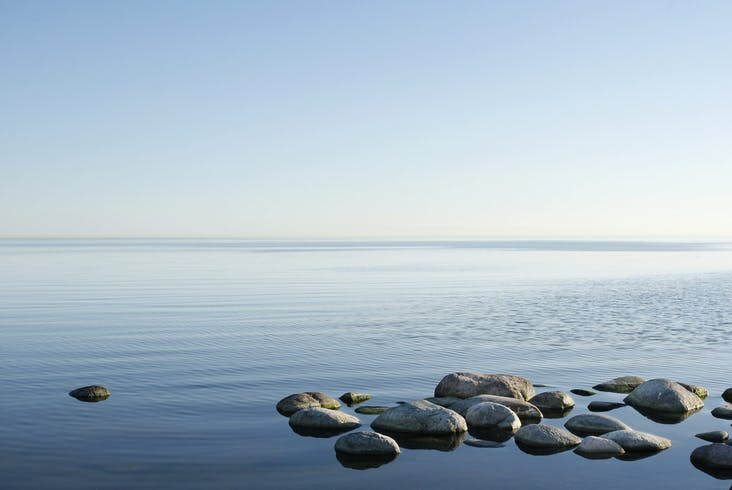 Water horison from Öland, Sweden_iStock_000006992285Large