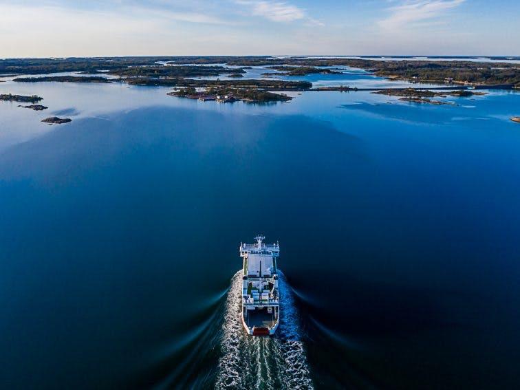 Small ferry in Åland archipelago JanKarlsson_200526_DJI_0048