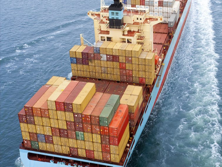 Container Ship_shutterstock_36017452